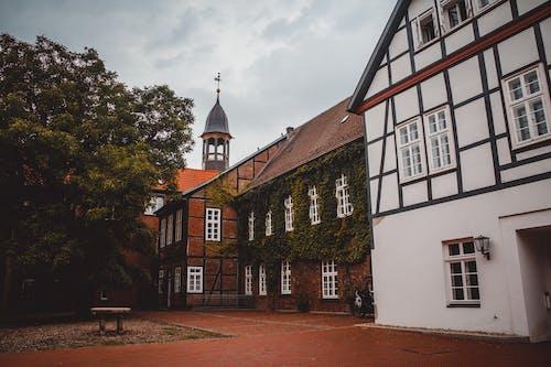 건물, 건축, 교회, 구름의 무료 스톡 사진