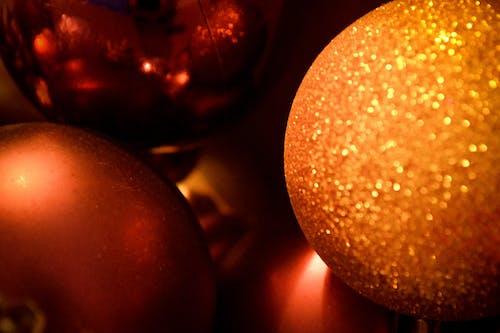 Kostenloses Stock Foto zu bälle, funkeln, kerst, weihnachten