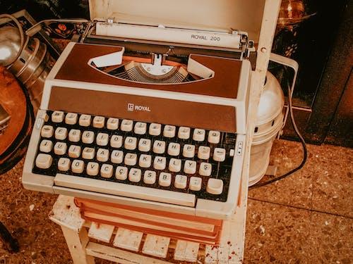 Foto profissional grátis de alfabetos, chaves, clássico
