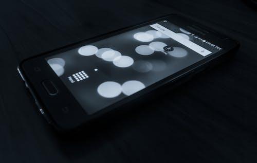 Foto stok gratis hitam dan putih, telefono