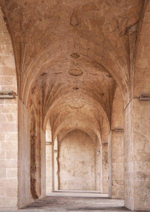 Foto profissional grátis de abadia, alicerce, ancião