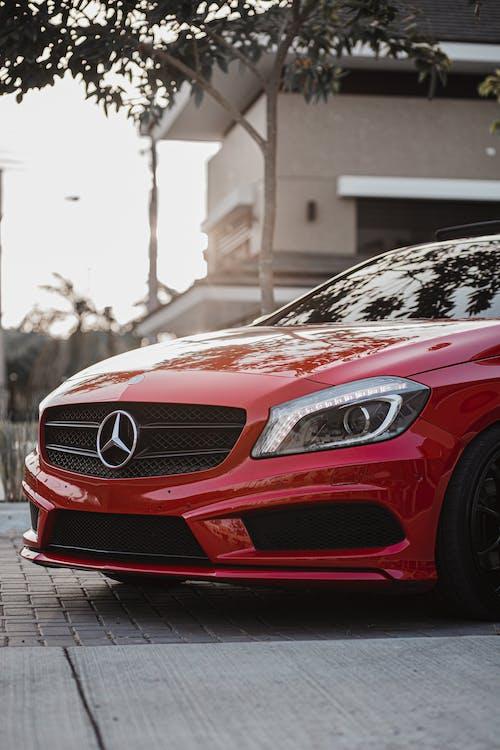 Kostenloses Stock Foto zu automobil, fahrzeug, limousine