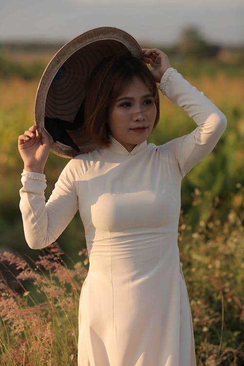 Kostnadsfri bild av ao dai, asiatisk kvinna, Framställ