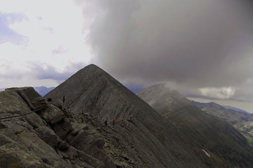 Δωρεάν στοκ φωτογραφιών με βουνό, γραφικός, ομίχλη, ομιχλώδης