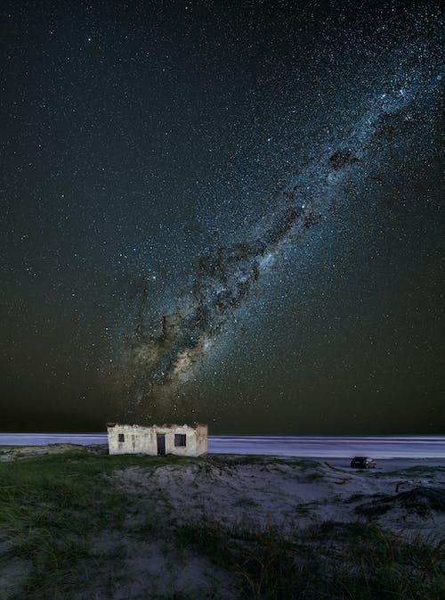 Darmowe zdjęcie z galerii z astrofotografia, eksploracja, fotografia nocna