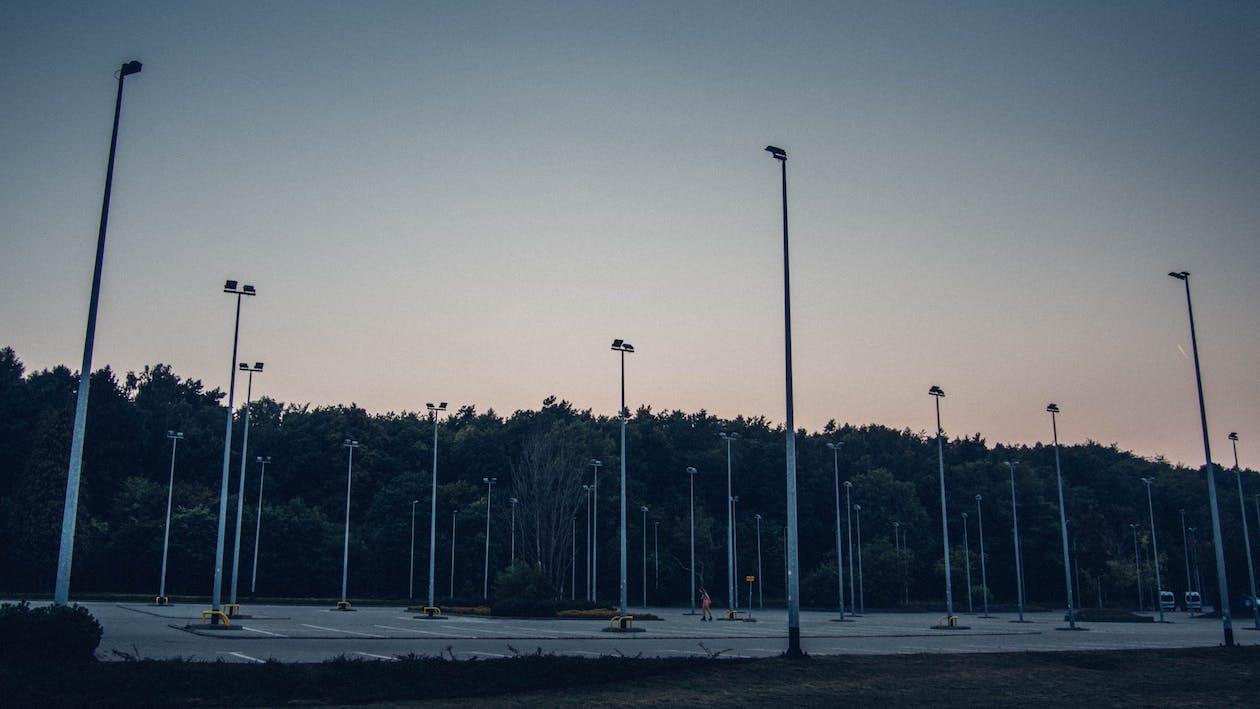 sera, theme-spazio
