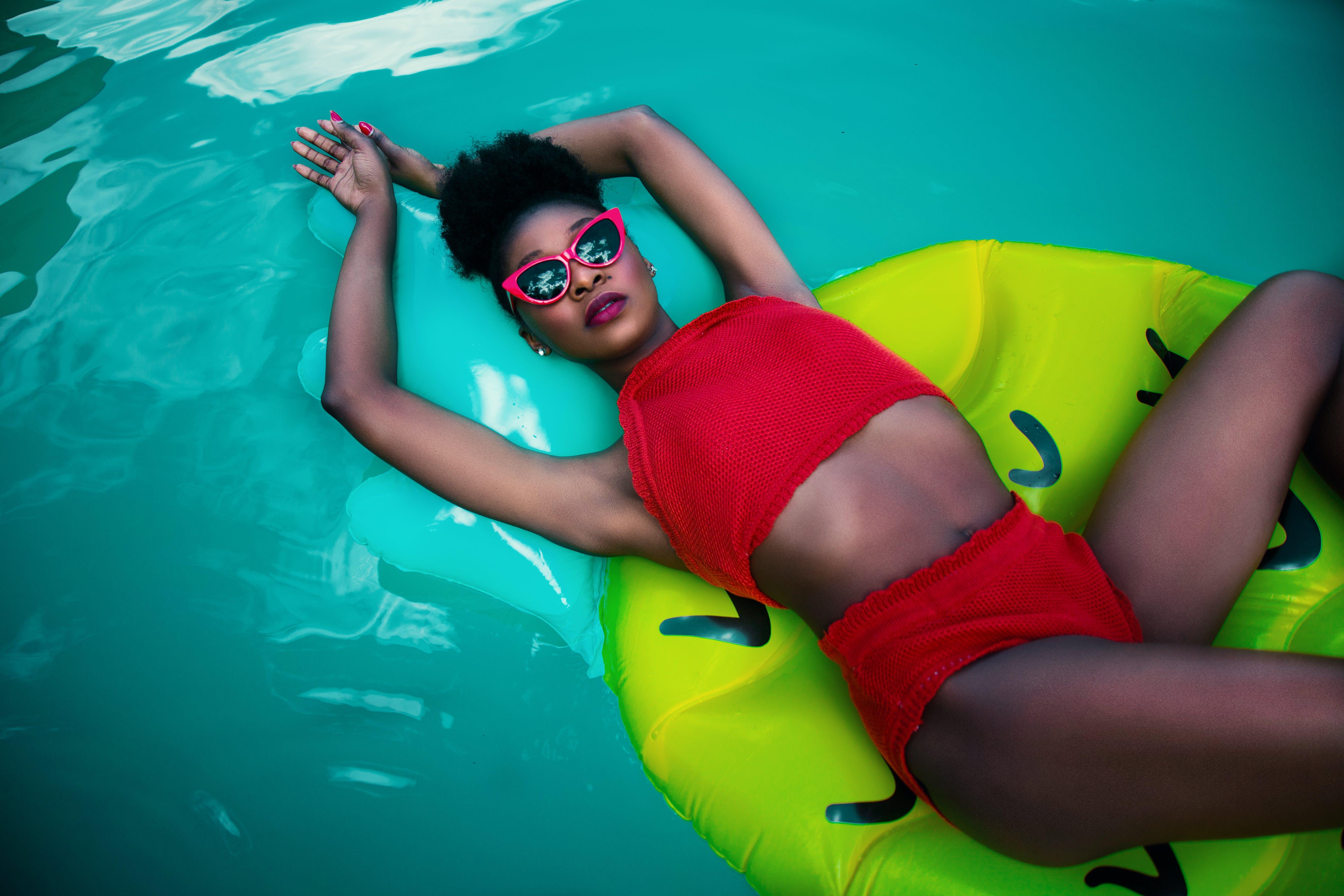 Women's Red Sleeveless Top Bikini