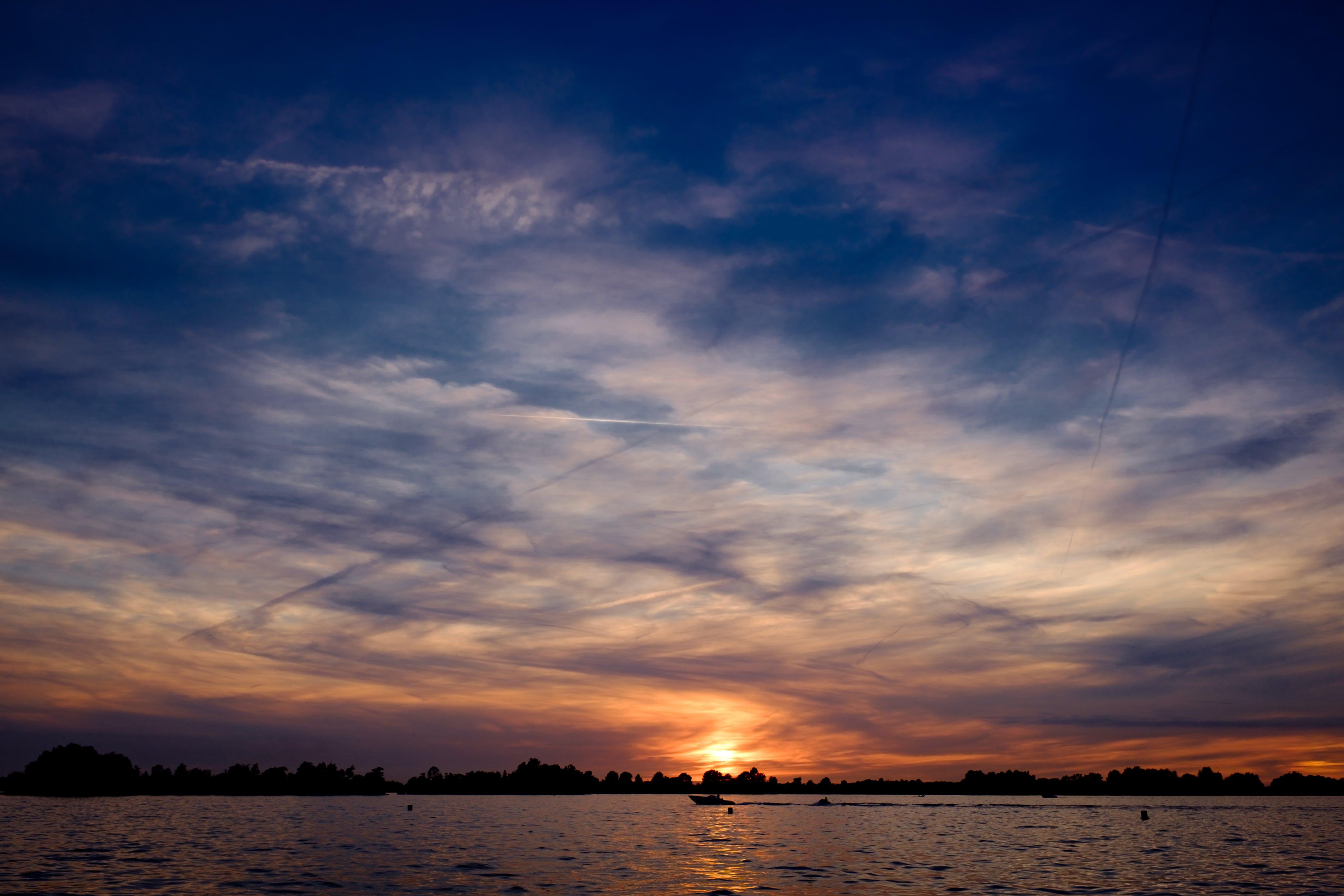 Kostenloses Stock Foto zu abend, himmel, see, sonnenaufgang