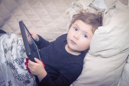 Free stock photo of little girl