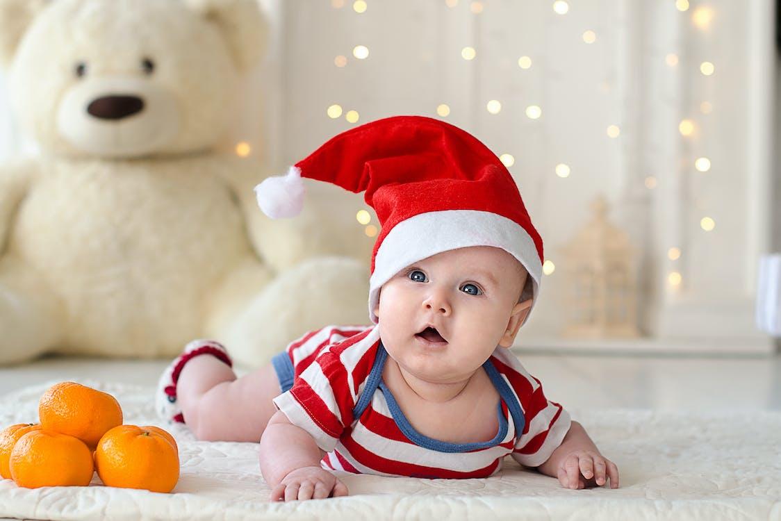 Fotobanka sbezplatnými fotkami na tému bábätko, dieťatko, Vianoce