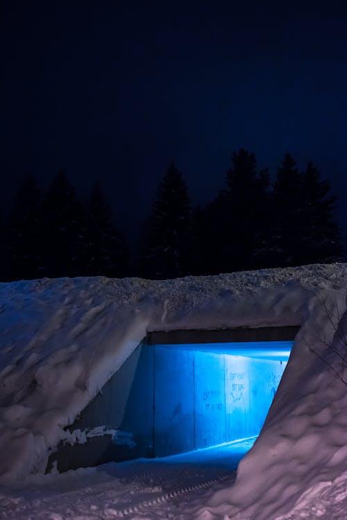 가벼운, 겨울, 눈, 밤의 무료 스톡 사진