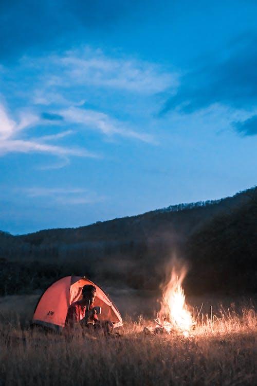 Gratis stockfoto met avond, avontuur, bonfire