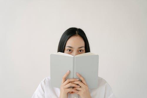 Бесплатное стоковое фото с copy space, азиатка, академический