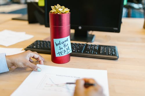 Gratis stockfoto met cadeau, cadeautje, computer