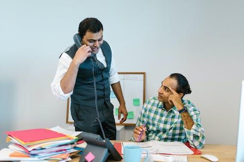 インドア, インド人, オフィスワークの無料の写真素材