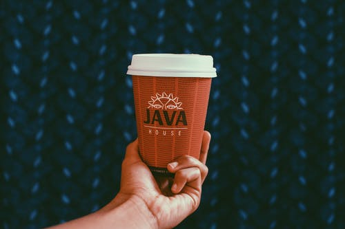 Foto d'estoc gratuïta de atractiu, beguda, brànding, cafè