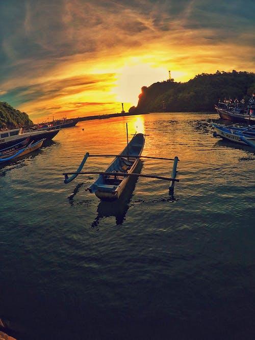 Бесплатное стоковое фото с jawa, pantai, perahu, джокьякарта