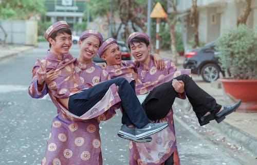 享受, 人, 傳統服飾, 喜悅 的 免费素材照片