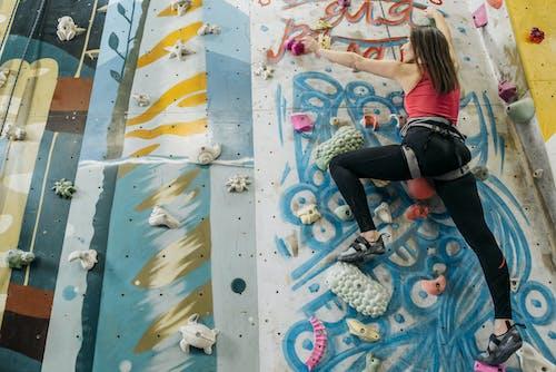 Безкоштовне стокове фото на тему «альпінізм, альпініст, взуття»