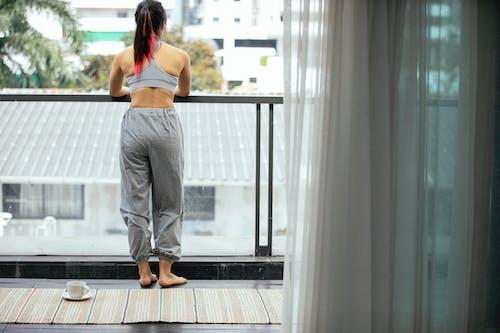 คลังภาพถ่ายฟรี ของ activewear, faceless, กลางแจ้ง