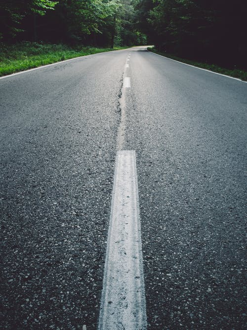 Безкоштовне стокове фото на тему «асфальт, Вулиця, дорога, шлях»