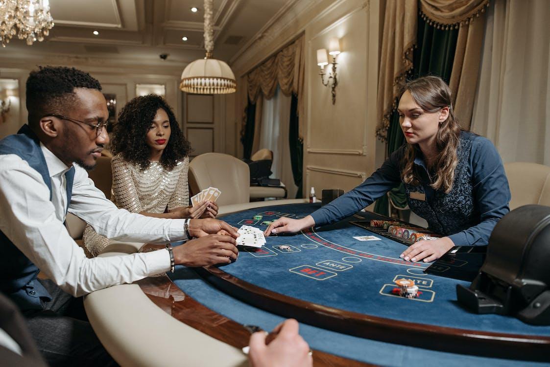 Бесплатное стоковое фото с азартная игра в кости, азартные игры, баккара