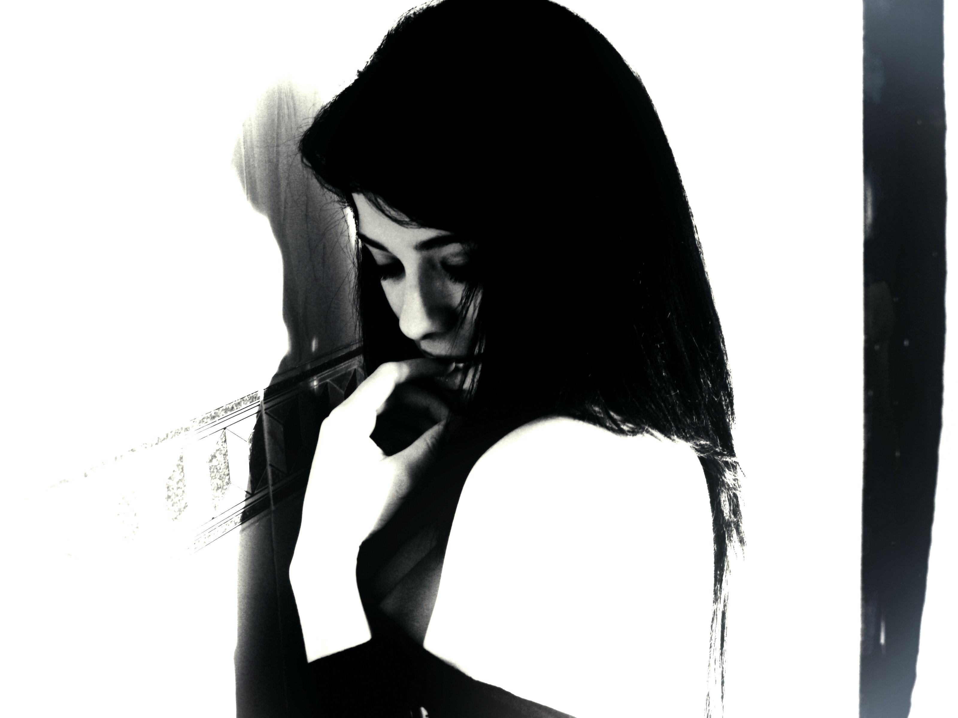 87 Gambar Wanita Hitam Putih Keren Kekinian