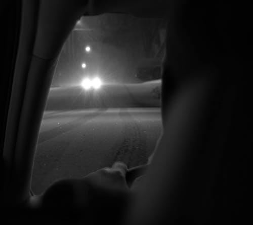 Ingyenes stockfotó autó, éjszaka, éjszakai vezető, sofőr témában