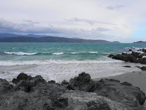 Foto profissional grátis de água, areia, azul, canal