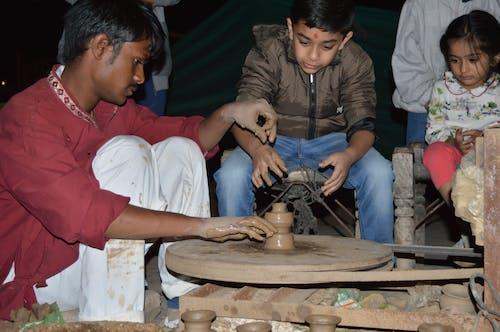 Photos gratuites de argile, fabrication d'argile, fabrication de poterie, marmite