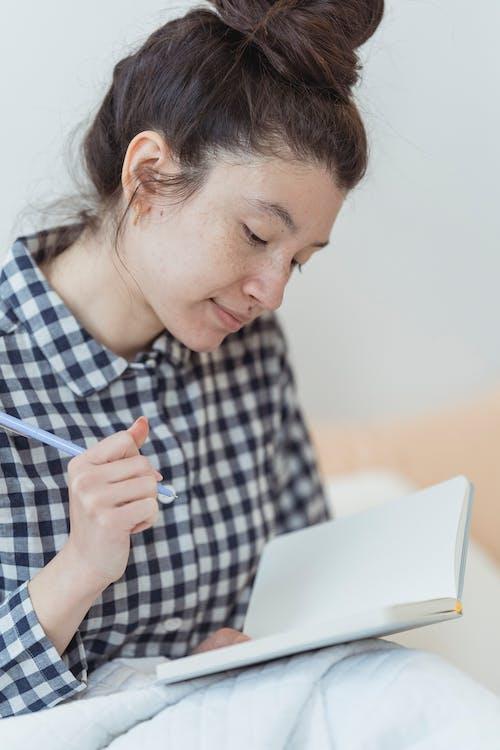 Ảnh lưu trữ miễn phí về bài tập về nhà, Công nghệ, đàn bà