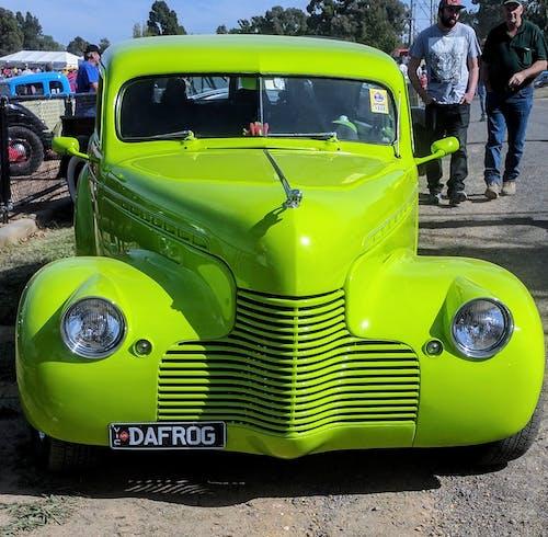 Бесплатное стоковое фото с светло-зеленый автомобиль