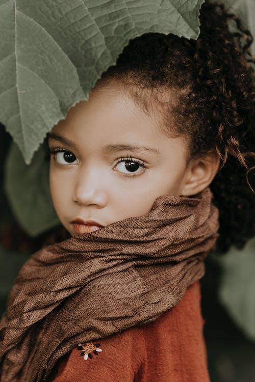 Бесплатное стоковое фото с африканская девушка, брюнетка, вертикальный