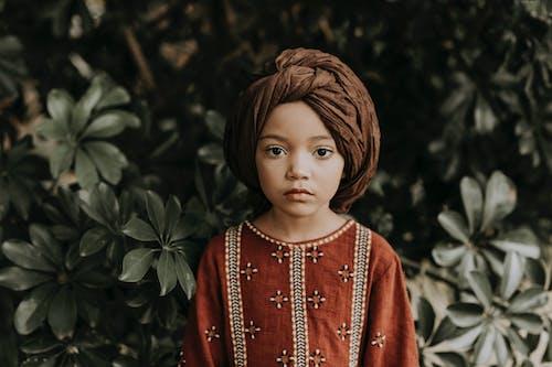 Darmowe zdjęcie z galerii z afrykańska dziewczyna, autentyczny, brązowe oczy