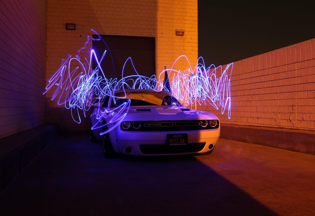 Kostenloses Stock Foto zu auto, beleuchtung, blau