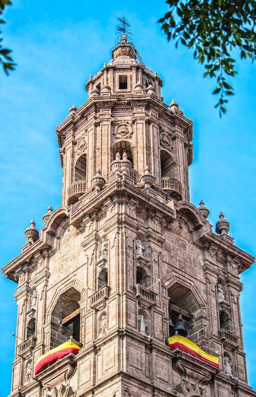 Photos gratuites de architecture, cathédrale, ciel, cloches