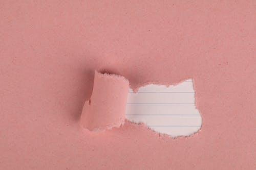 Fotobanka sbezplatnými fotkami na tému lemovaný papier, pastelové ružové, roztrhaný papier
