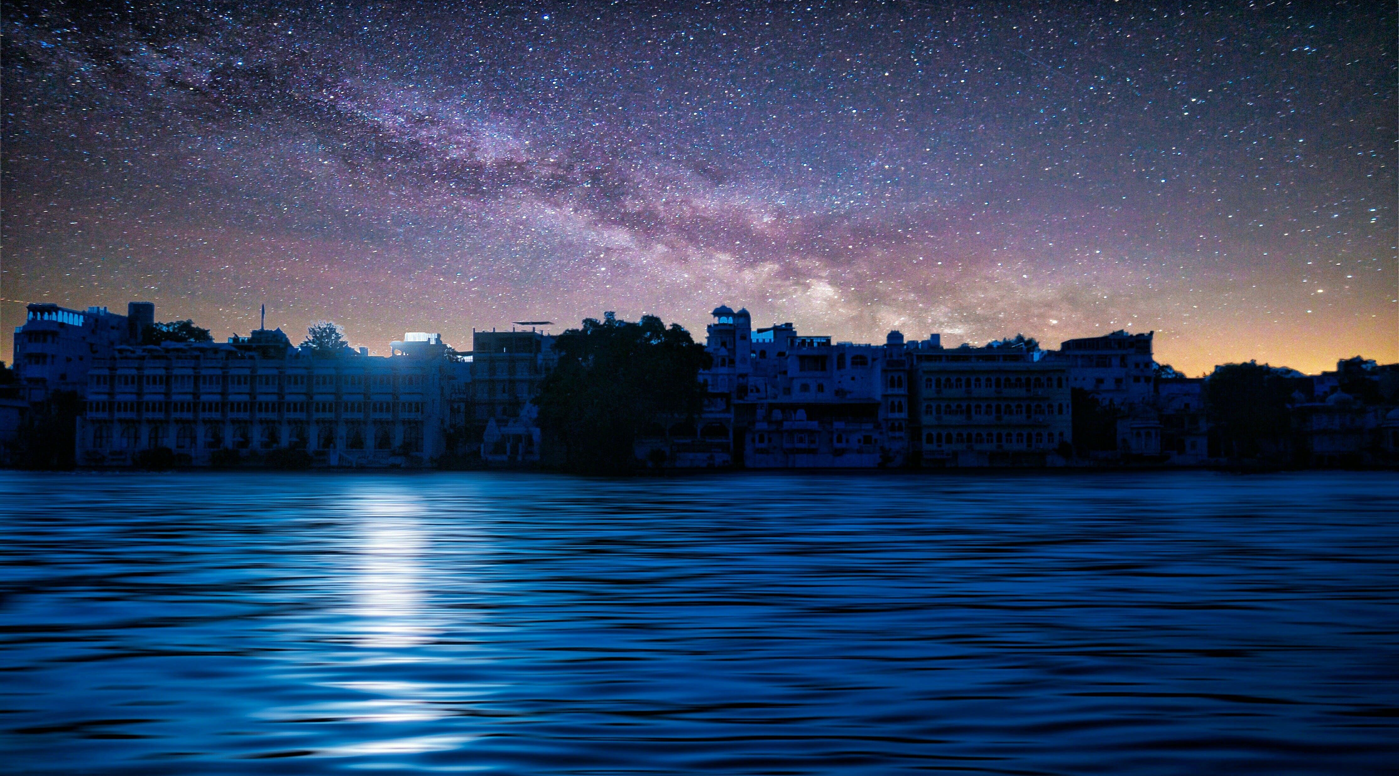 Gratis lagerfoto af aften, arkitektur, astrofotografering, astronomi