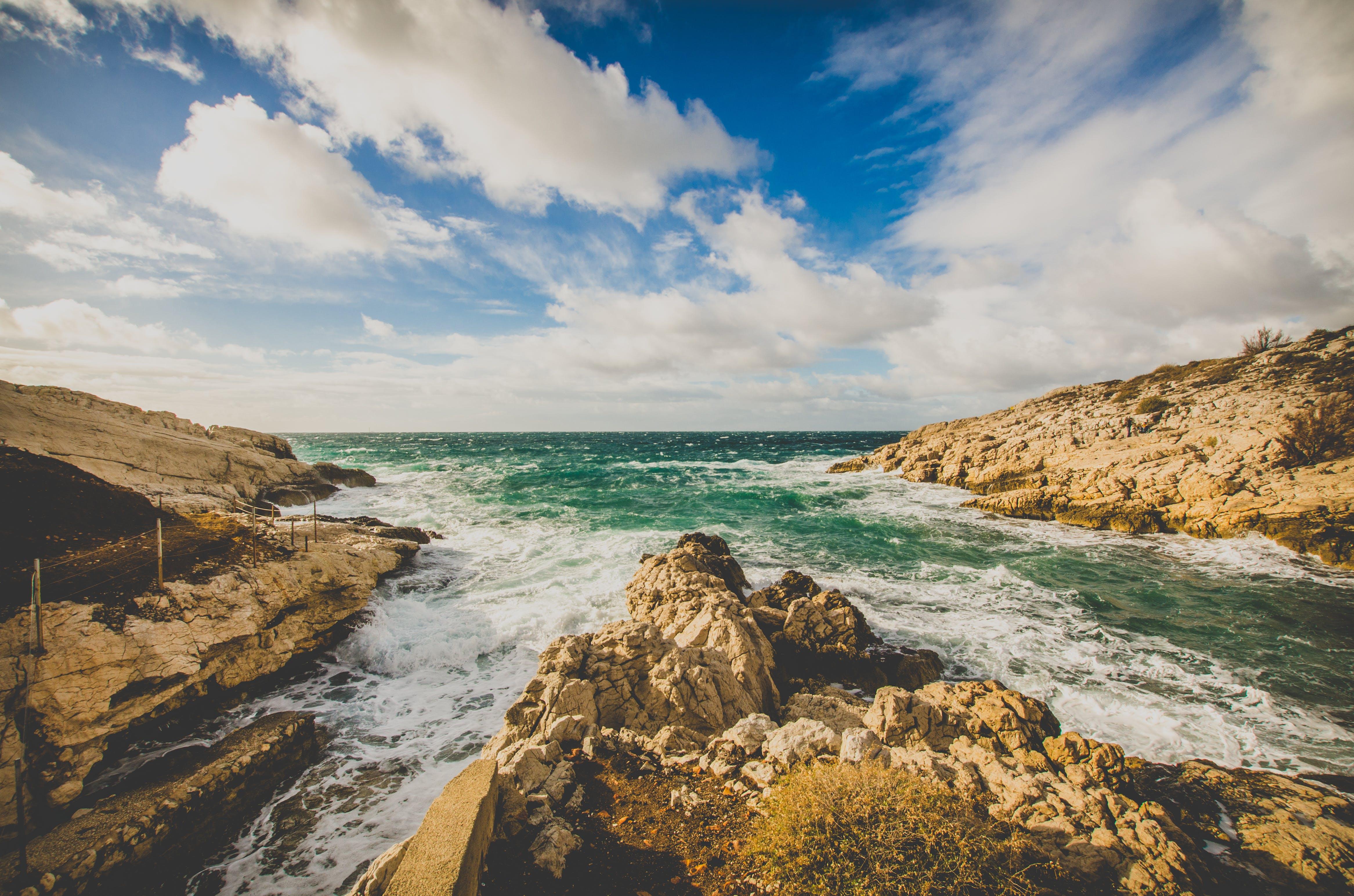 คลังภาพถ่ายฟรี ของ ขอบฟ้า, คลื่น, ความเป็นป่า, ชายทะเล