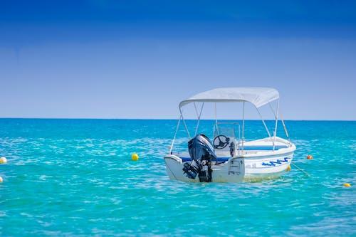 Imagine de stoc gratuită din agrement, albastru, apă, barcă cu motor