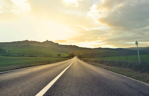 Gratis arkivbilde med åker, asfalt, bane, daggry