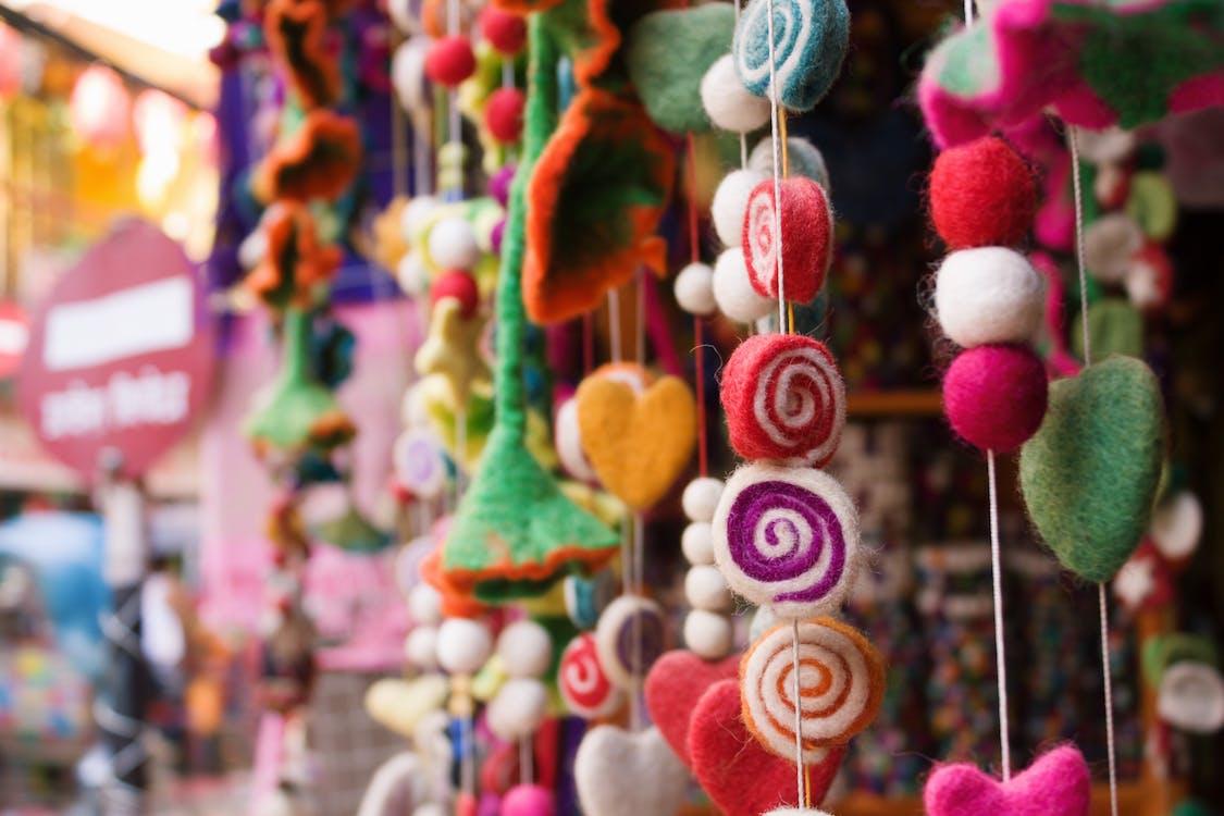 Безкоштовне стокове фото на тему «барвистий, великий план, висіння»