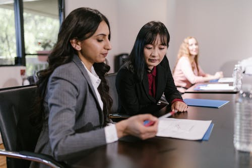 Gratis stockfoto met afspraak, Aziatische vrouw, bedrijfsmatig