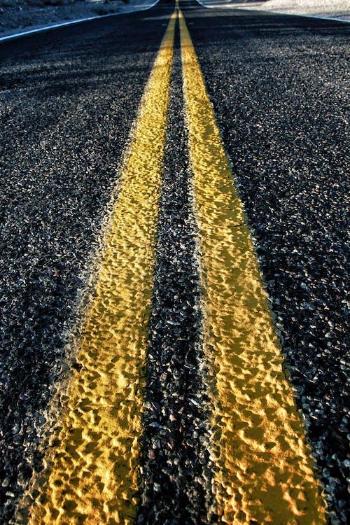 arizona, asfalt, sarı, Teksas içeren Ücretsiz stok fotoğraf