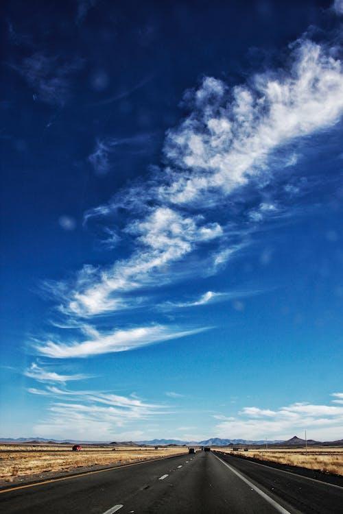 คลังภาพถ่ายฟรี ของ กลางวัน, ถนน, ทะเลทราย, ท้องฟ้า