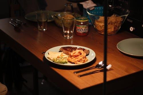 可口的, 吉它, 晚餐, 牛排 的 免費圖庫相片