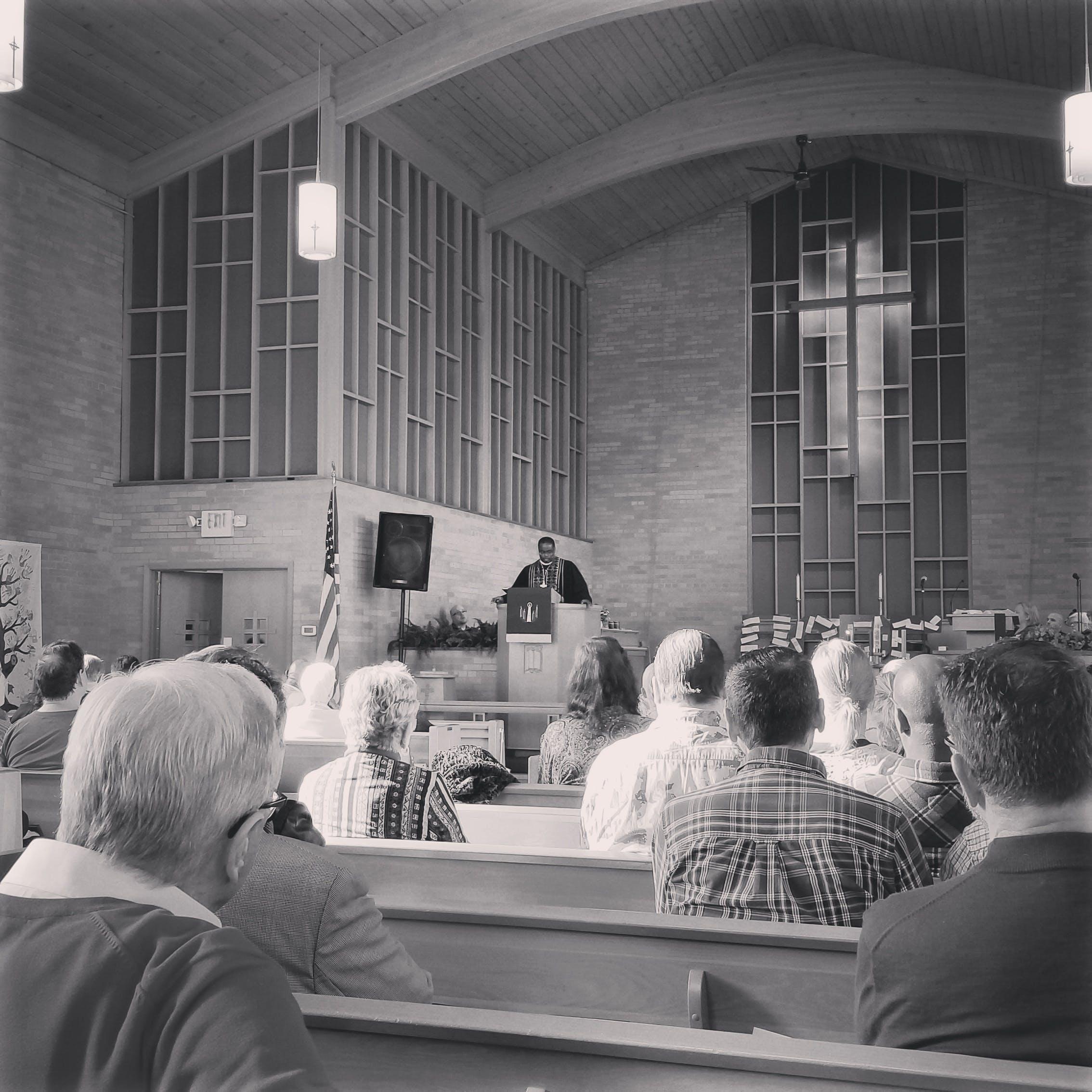 Gratis arkivbilde med kirke, kirketjeneste