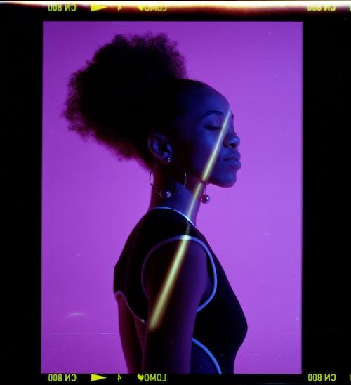Foto profissional grátis de afro-americano, cabelo afro, fêmea