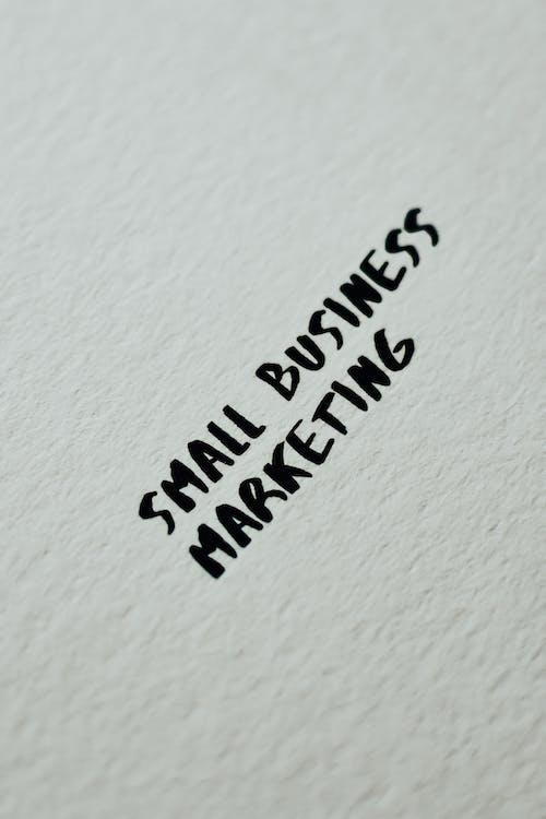 Foto stok gratis bisnis kecil, isyarat, latar belakang putih