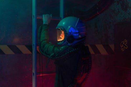 Fotos de stock gratuitas de adulto, astronauta, ciencia